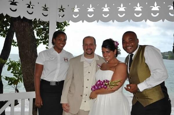 Real Destination Wedding JJ5 resized 600