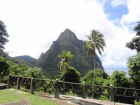 St Lucia Pitons2