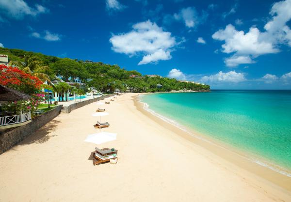Sandals La Toc St Lucia beach resized 600